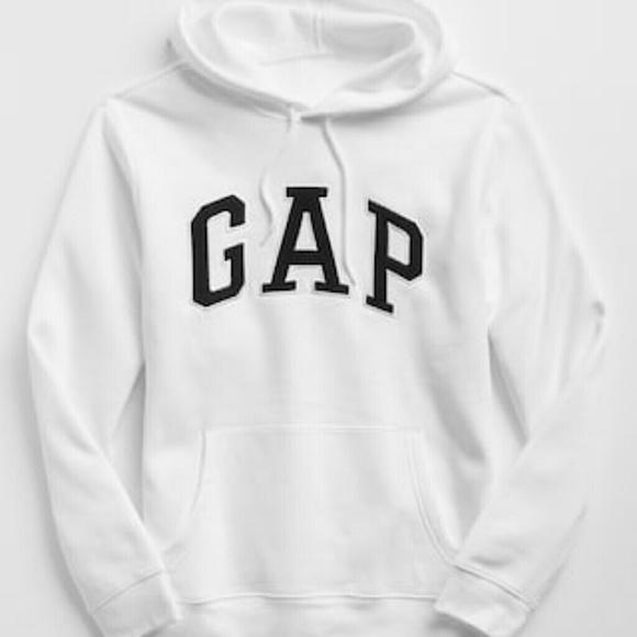 79b5f6d04d1d1e White GAP Pullover Sweater. M_5b3338f56a0bb7fb050da698
